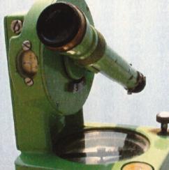 当時使用していた平板測量器