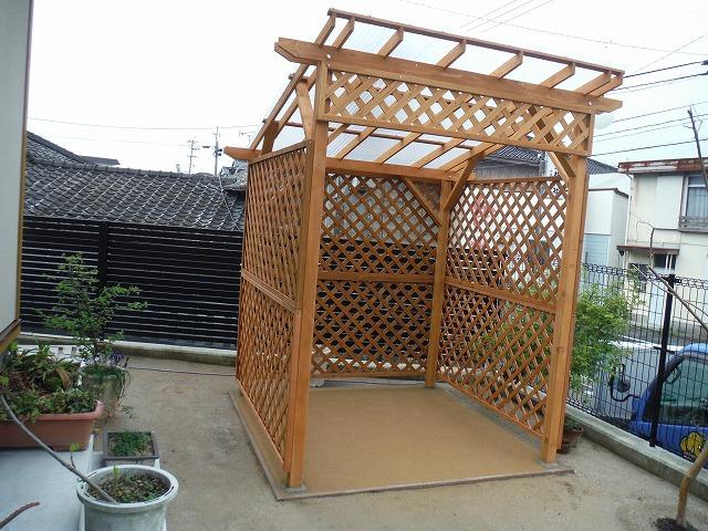 パーゴラの設置 緑化センターのサムネイル
